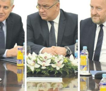 Državni političari u BiH najbolje plaćeni u regiji, a imaju najslabije rezultate