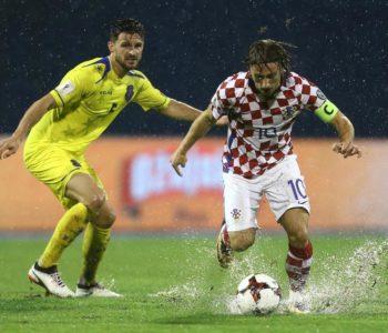 Prekinuta utakmica Hrvatska – Kosovo