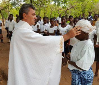 DON IVAN STOJANOVIĆ – Misionar iz Afrike u razgovoru za Dnevno:  'Nemaju pitke vode, ali zato slave Boga cijelim svojim bićem'