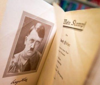 Njemački službenik dobio otkaz zbog čitanja Hitlerove knjige na poslu