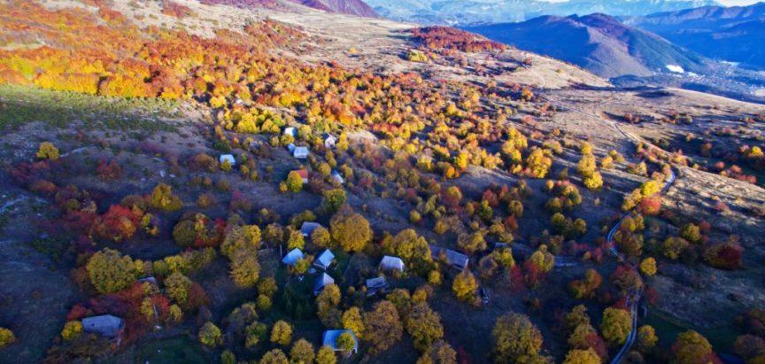 Jesen u narodu i narod u jeseni
