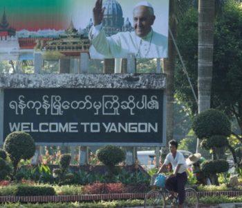 Papa Franjo stigao u posjetu Mijanmaru