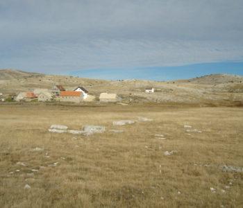 Naselja u visokim poljima između Raduše, Ljubuše i Vran planine: Trebiševo