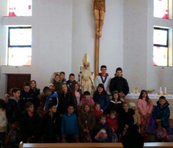 Foto: Sveti Nikola pohodio djecu na Uzdolu