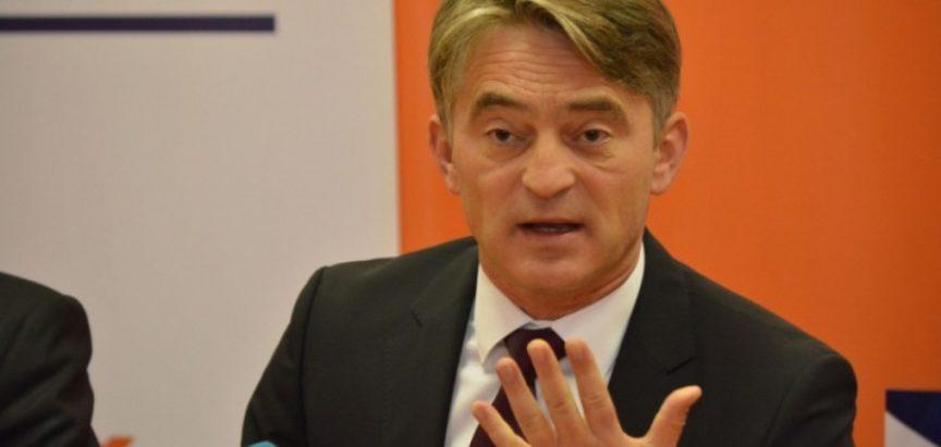 Komšić podnio kaznenu prijavu protiv Dodika