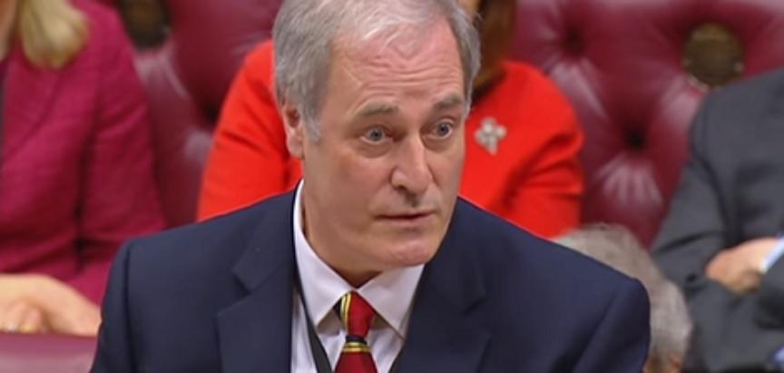 KADA BI DJELIĆ ČASTI I POŠTOVANJA IMALI I NAŠI Britanski političar podnio ostavku jer je – zakasnio