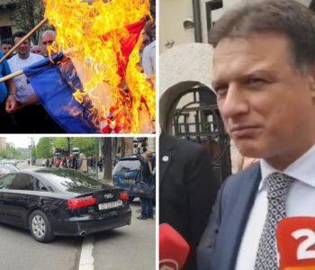 Šešelj psovao Jandrokovića i gazio hrvatsku zastavu, radikali najavljuju miting u Hrtkovcima