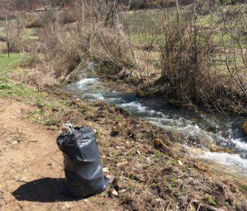 """Studenti iz Rame: """"Možemo mi očistiti okoliš, ali ne možemo nečiji obraz!"""""""