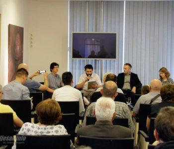"""U Mostaru predstavljena putopisna knjiga """"Hercegovačkim krajolicima – od Rame do Huma"""""""
