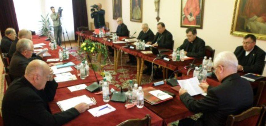 BiH napuštaju i svećenici i imami, odlaze na Zapad
