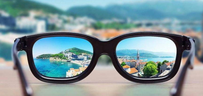 Odlaze li naočale u povijest?