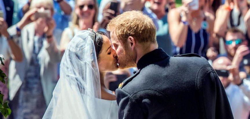 Harry je bio nervozan: Meghan ga užicala pusu pred ljudima