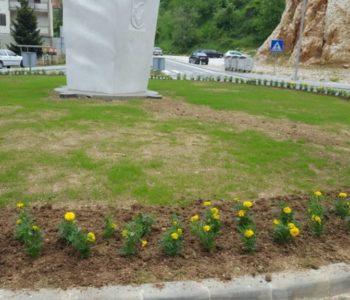 Foto: Uređenje zelenih površina u Prozoru
