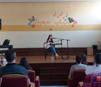 Lucija Šarčević pobijedila, Katarina Zadro druga na županijskom natjecanju iz glazbene kulture