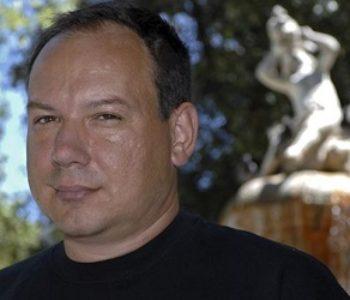 Hrvatski pisac odlučio vratiti doktorat zbog odluke da Čović dobije počasni doktorat zagrebačkog Sveučilišta