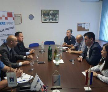 Sastanak HDZ-a 1990 i HSP-a u Vitezu