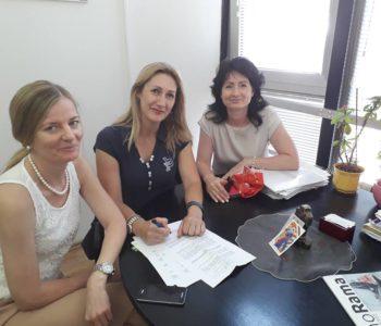 Potpisan Ugovor u dodjeli sredstava za sanitetsko vozilo Domu zdravlja Rama