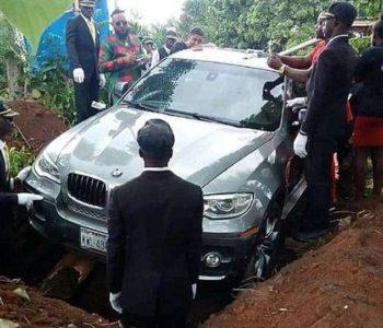 Oca pokopao u novom BMW-u: Obećao mu auto dok je bio živ