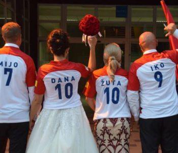 Livno: U bračne vode uplovili u hrvatskim dresovima