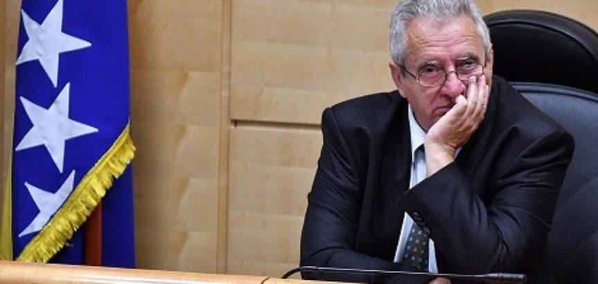 POVIJESNI DAN U PARLAMENTU FBiH: HDZ BiH tvrdi da je zastupnik SNSD-a hrvatski nacionalni interes