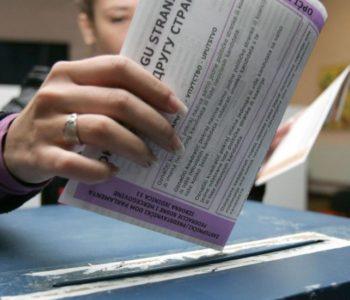 Na Općim izborima će moći glasovati 3.352.933 građana, od toga u HNŽ-u 195.543