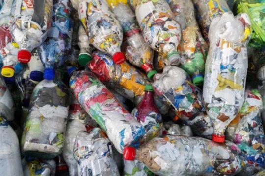Plastika emitira stakleničke plinove koji pokreću globalno zagrijavanje