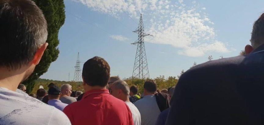 Sindikat Aluminija: Blokada trafostanice je prvi korak, idemo u Sarajevo!