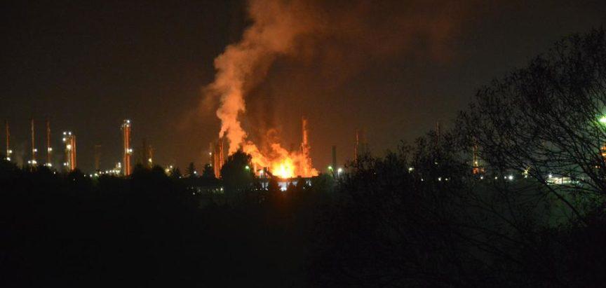 Eksplozija u rafineriji nafte Bosanski Brod, poginuo radnik, a 9 ozlijeđenih