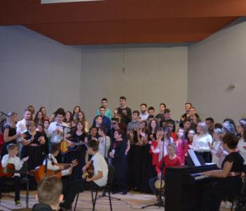 Foto: Održan humanitarni koncert za djecu u Africi