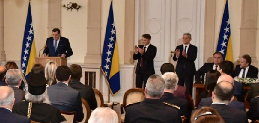 Prvi službeni potez Džaferovića: Traži da se kazne odgovorni za svinjsko meso u konzervama i traži oštre sankcije