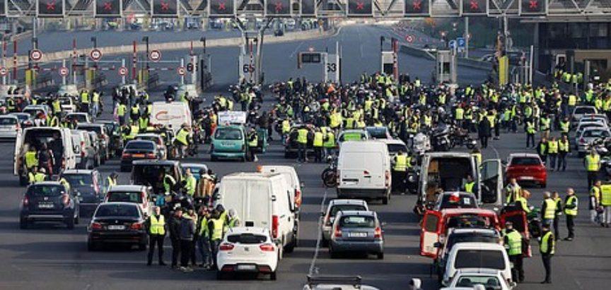 BiH, ovaj FRANCUSKA: Veliki prosvjedi zbog cijena goriva, ima mrtvih, na desetine ozlijeđenih