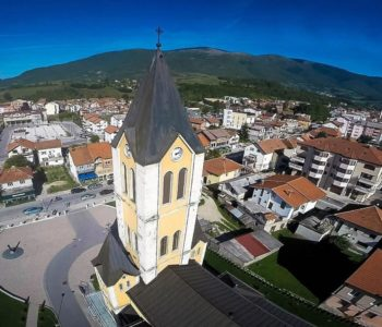 U prometnoj nezgodi kod Gornjeg Vakufa-Uskoplja poginuo 21-godišnji mladić