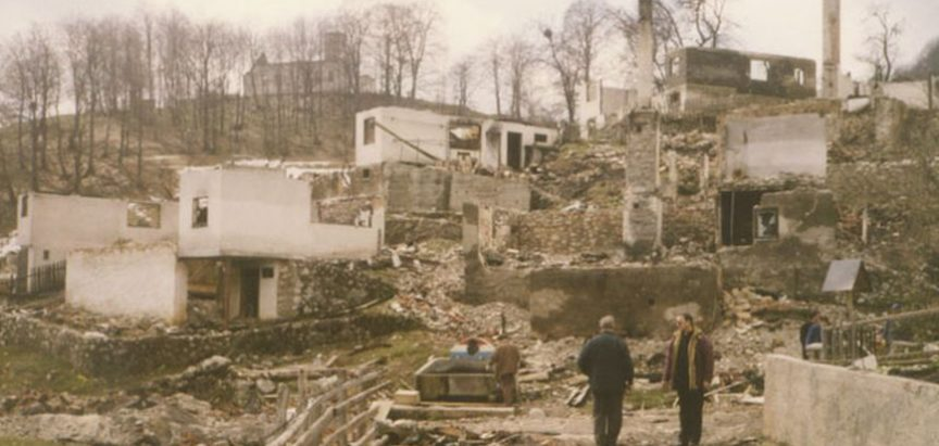 Tragedija i egzodus Vareških Hrvata