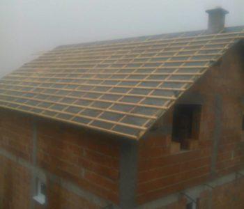 Ugleda se novi krov u uzdolskom zaseoku Križ