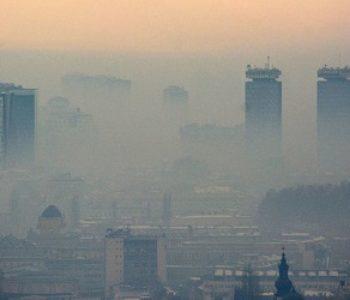 ŠUTITE I DUBLJE UDIŠITE Lik u Skupštini Sarajeva kaže da je za zagađenje kriva ćevabčinica i da američka mjerenja nisu po našim standardima