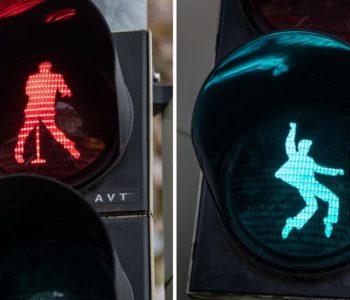 Elvis je živ! Pleše na semaforu u Njemačkom gradu Friedbergu
