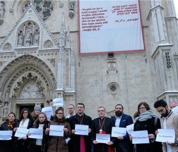 Kardinal Bozanić: Ideologija rasizma, usmjerena protiv Boga i čovjeka, nastala je na neistini o čovjeku i o židovskom narodu, širila se mržnjom do neizrecive mjere patnje, koju ni riječi ni slike ne mogu izraziti