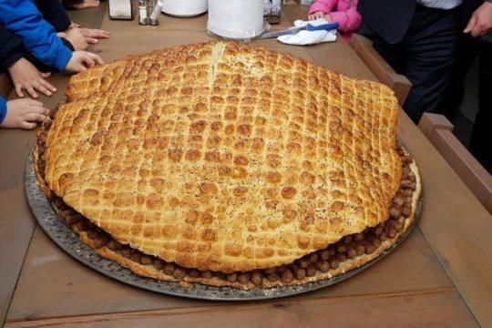U Travniku napravljena najveća porcija ćevapa ikada