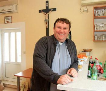 Svećenik iz Rame zapjevao na dubrovačkoj Konoviziji