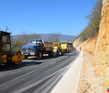 Foto: Završetak asfaltiranja regionalnog puta R 418  Prozor – Tomislavgrad na dionici Podborsko raskrižje – Ripci (Pećine)