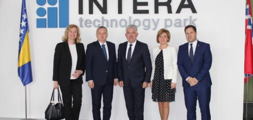 Ministar Horvat obećao pomoć za rješenje budućnosti mostarskog Aluminija