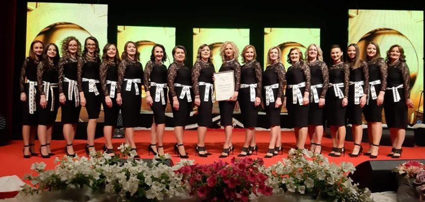 Ramske Čuvarice dobitnice Zlatne plakete Melodija Mostara, večeras će na Malim melodijama nastupiti Ružica Zadrić i Katarina Zadro