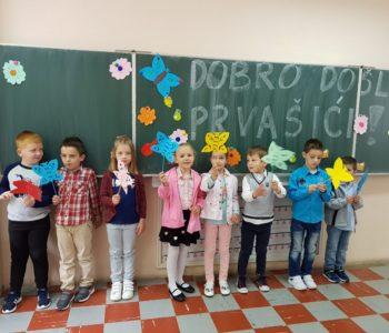 Na Gračacu u prvi razred upisano 8 učenika