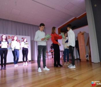 Foto: Svečano obilježen Dan škole Ivana Mažuranića Gračac