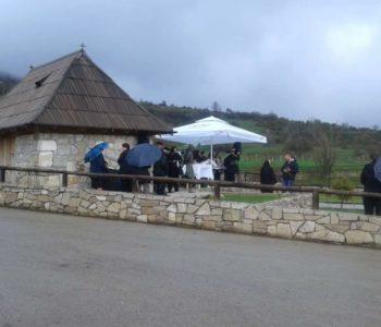 Na Zahumu kod Divina doma  proslavljen sveti Josip Radnik