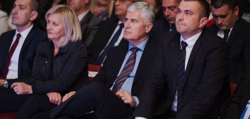 Borjana Krišto po naređenju svoje stranke HDZ BiH povukla svoju apelaciju Ustavnom sudu BiH
