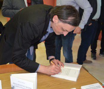 """U Prozoru promovirana knjiga fra Drage Bojića """"Kraljevstvo Božje i nacionalizam"""""""