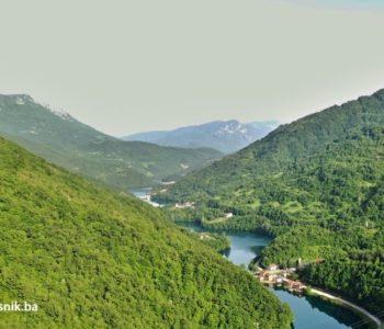 Mladić se utopio u Jablaničkom jezeru Prijatelji pozvali policiju
