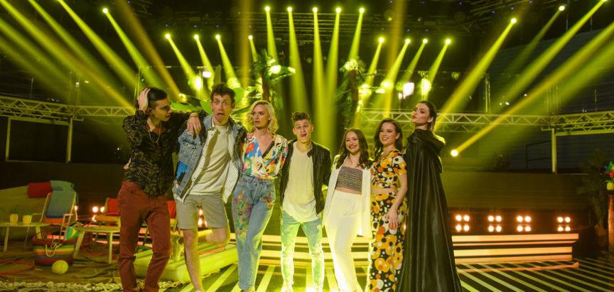 RTL ljetni hit – Dženana Manov otpjevala je pravi ljetni hit 80-ih grupe Denis&Denis 'Ja sam lažljiva'