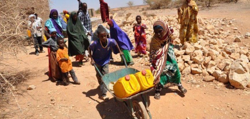Više od dva milijuna Somalijaca moglo bi umrijeti od gladi